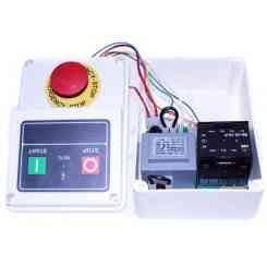 scheda 220/380 max 3hp con pulsante marcia/arresto e pulsante a fungo