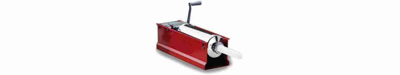 insaccatrici manuali per salumi, inox o verniciate, orizzontali o verticali, con capacità fino a 15kg